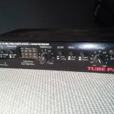 Preamplificator microfon compresor lampa studio preamp Art Tube Pac - Amplificator studio