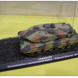1527.Macheta tanc Leopard 2 A5 - Orahovac - 2000 scara 1:72 - Macheta auto