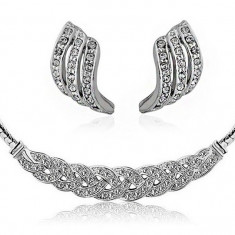 Set bijuterii -Casual- placat aur alb 18 k, cristale cubic zirconia+CUTIUTA - Set bijuterii placate cu aur Firesq