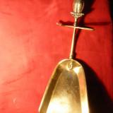 Faras pt.Cenusa din Soba - cu ornament Bufnita pe Maner , suport ,bronz ,29 cm