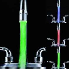 Baterie - Cap de robinet cu LED in 3 culori, senzor de temperatura apa Nu necesita baterii