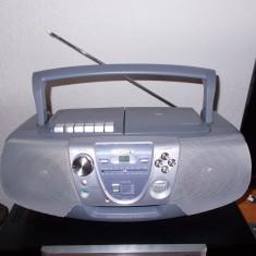 RADIO CD CASETOFON SONY MODEL CFD-V8, APROAPE NOU !