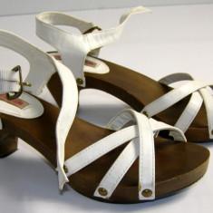 Sandale dama talpa lemn marca Tally Weijl marimea 36 locatie raft ( 4 / 6 )