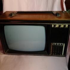 Televizor CRT - TELEVIZOR SPORT ALB-NEGRU PERIOADA COMUNISTA