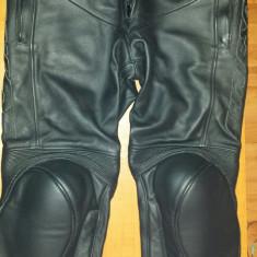Pantaloni moto Dainese piele (stare exceptionala) - Imbracaminte moto Nespecificat