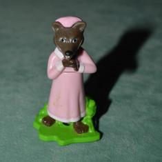 Figurina, jucarie ou Kinder surprise, lup din Scufita Rosie, plastic, 5 cm - Surpriza Kinder