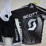 echipament ciclism complet Scott negru gri set pantaloni cu bretele tricou nou