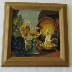 Tapiterie/Goblen - GOBLEN-LA UN PAHAR CU VIN-inramat, vintage