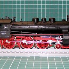 Macheta Feroviara, 1:87, HO, Locomotive - Locomotiva abur BR17 marca Roco scara HO(3989)