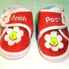 Adidasi copii, Fete, Textil - Adidasi fetite marimea 18 (6 - 12 luni) foarte draguti