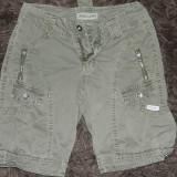 Pantaloni scurti fete, vara GAS, marimea S, 12 ani plus. COMANDA MINIMA 30 LEI!