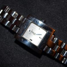 CEAS TISSOT - L730K - DAMA - Silver Dial - Swiss Quartz - Sapphire crystal -22mm - Ceas dama Tissot, Casual, Quartz, Inox, Inox, 2000 - prezent