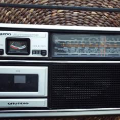 Aparat radio - Radio casetofon GRUNDIG C 4200 automatic