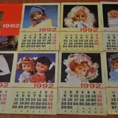 Afis - Calendar vechi papusi Aradeanca. Anul 1992. Dimensiune mare. Papusa Aradeanca!