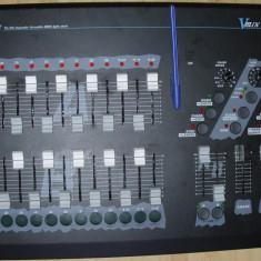 Lumini club - Controler DMX 512 jocuri orga de lumini etc DJ lumini mixer nu stiu cum sau