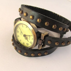 Ceas vintage curea cu tinte negru - Ceas dama Hello Kitty