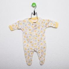 Salopeta alba cu imprimeu pui galben