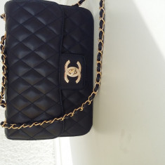 Geanta model Chanel - Geanta Dama Chanel, Culoare: Bleumarin, Marime: Medie