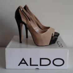 Pantofi decupati din piele ecologica lacuita in 2 culori ( bej/negru ) - Pantof dama Aldo, Marime: 40, Culoare: Din imagine
