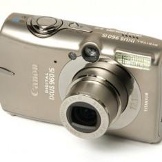 Camera foto digitala premium Canon IXUS 960 IS, case Titan, stabilizator optic - Aparat Foto compact Canon, Compact, 12 Mpx, 4x, 2.5 inch