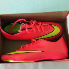 Adidasi originali fotbal sala Nike Mercurial Victory - Ghete fotbal, Marime: 40, 40.5, Culoare: Din imagine, Barbati, Sala: 1