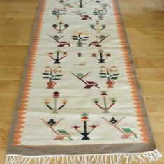 Covor, carpeta tesuta manual pe razboi de tesut orizontal, lana 100%, unicat