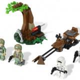 Endor™ Rebel Trooper™ & Imperial Trooper™ Battle Pack (9489)