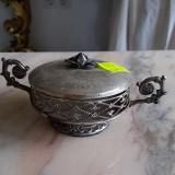 Metal/Fonta - Vas mic cu 2 tortite metal argintiu