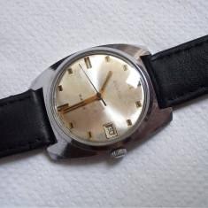 Ceas de mana - Ceas rusesc de colectie WOSTOK, calibru 2214, functional