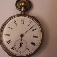 Ceas de buzunar - CEAS VECHI DE BUZUNAR -SWISS MADE-FARA NUME-MASINA SUPER-FUNCTIONEAZA-D=4, 5CM