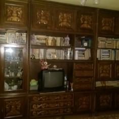 Mobila din lemn masiv - Biblioteca living