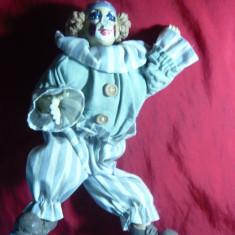 Papusa Clovn cu cap, maini, picioare din portelan, h= 24 cm
