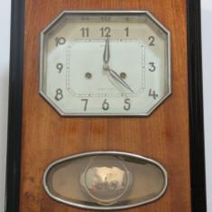 Pendula Jartaz cu cheie; Ceas de perete
