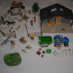 Playmobil - Ferma cailor cu tractor si accesorii