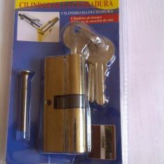 YALA BUTUC IALA butuc cu 3 chei latime 70mm se potriveste cu orice yala