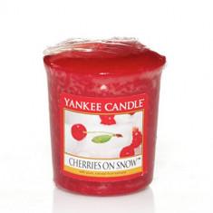 Lumanare parfumata Cherries On Snow Votive