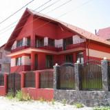 Vila superba in jud Brasov pt vanzare sau inchiriere - Casa de vanzare, 130 mp, Numar camere: 7, Suprafata teren: 310