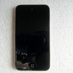 iPod Touch Apple 4 Generation 8GB, 4th generation, Argintiu