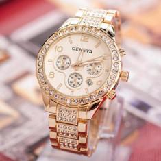 Ceas dama Geneva auriu bratara metalica cadran cu cristale cutie cadou, Quartz, Metal necunoscut, Nou
