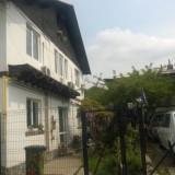 2 corpuri casa in Ploiesti. total teren 300 mp - Casa de vanzare, 160 mp, Numar camere: 6