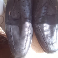Pantofi barbati piele bugatti marime 43