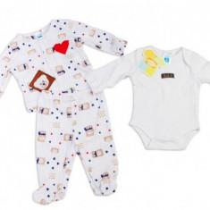 Hainute bebelusi de interior Carters 3 luni, Alb