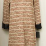 Rochie cu dungi si garnitura ecopiele, marimea M/L, noua