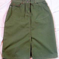 Fusta verde cu talie inalta - FARMS 490 W: M