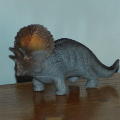 Figurina dinozaur gri, cauciuc moale, 16x8cm - Figurina Dinozauri