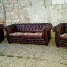 Mobilier, Sufragerii si mobilier salon, Chesterfield, Dupa 1950 - PRET REDUS 15%.Salon Chesterfield, canapea cu 2 fotolii