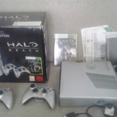 Consola Xbox 360 Microsoft S 250 GB Halo Reach Limited Edition -SLIM 2 controllere