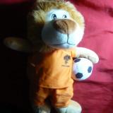 Papusa-Mascota Echipa de Fotbal a Olandei -Jocurile Mondiale Fotbal - Leu -34cm