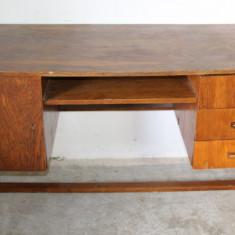 Birou 140X60 cm, din lemn masiv si pal furniruit; Masa de lucru;