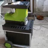 Tocator crengi copac - Aspirator/Tocator frunze
